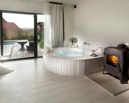 ... Room Bath Design Ideas, Pictures, Remodel & Decor with a Hot Tub