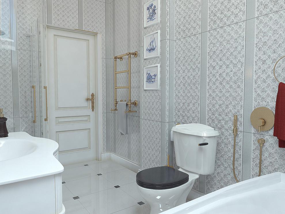 Trendy bathroom photo in Sacramento