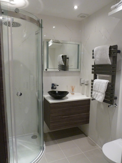 London Apartment Update Contemporary Bathroom South East By Lynda Bywater Design
