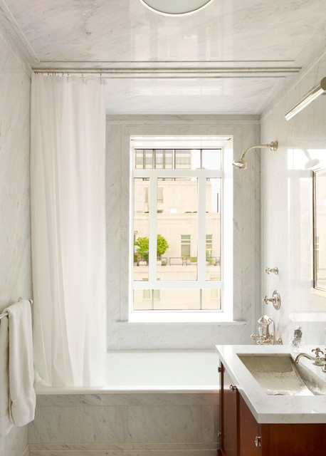 London Calling - Bathroom traditional-bathroom