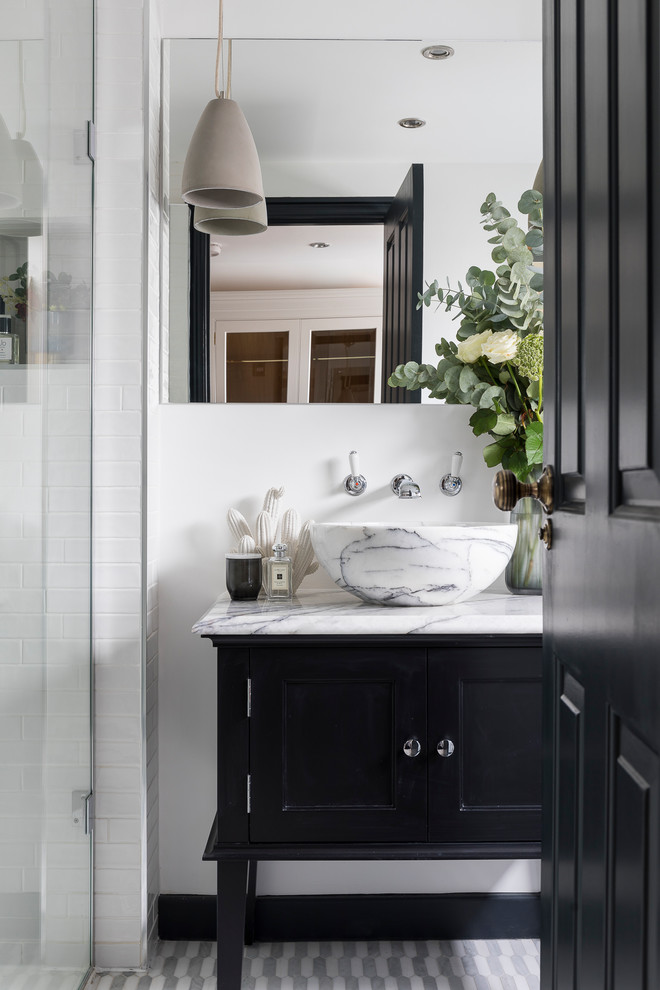 Inspiration for a rustic bathroom in Other.