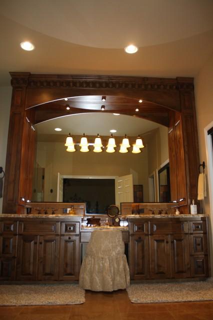 Lone Oak Project traditional-bathroom