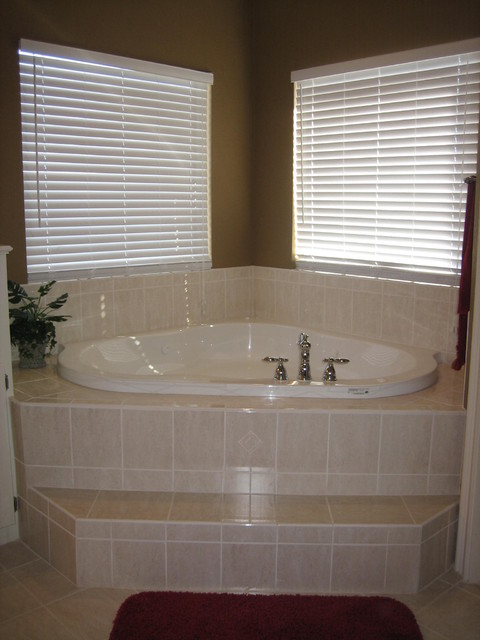 Lone Star Custom Homes, Bathrooms traditional-bathroom