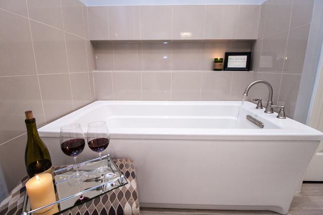Perfect Long Niche By Tub Transitional Bathroom