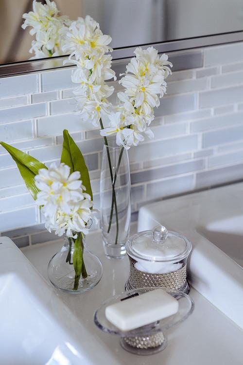 Contemporary Bathroom by Montreal Interior Designers & Decorators Wish Decor