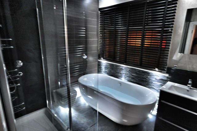Loose Maidstone Contemporary Bathroom Kent By Quell