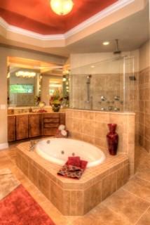 Lore L. Ltd. traditional-bathroom