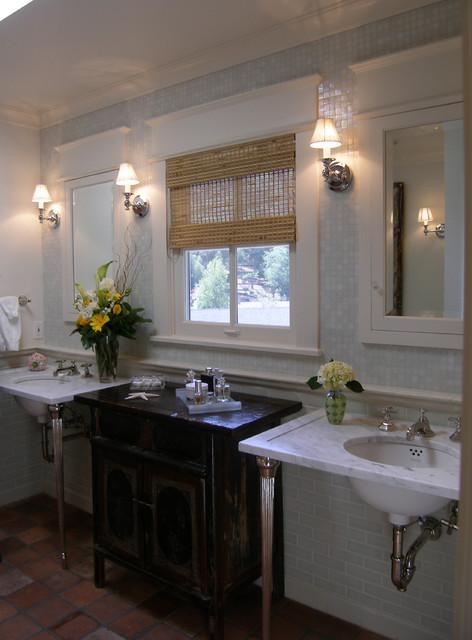 Lori Gilder of Interior Makeovers Inc. traditional-bathroom