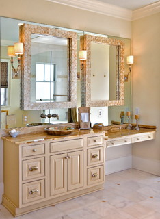 Lorraine Vale traditional bathroom