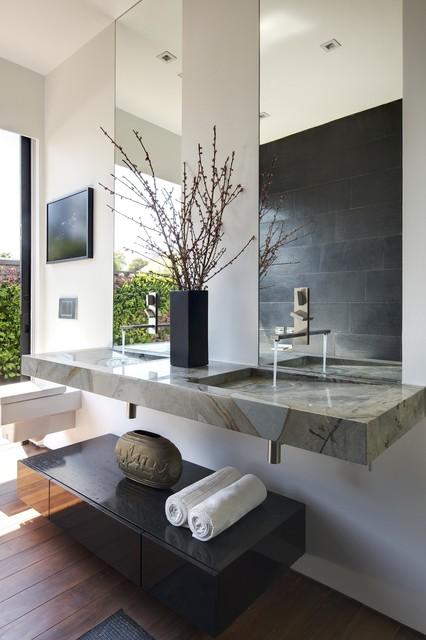 Los Angeles Hills Bathroom contemporary-bathroom