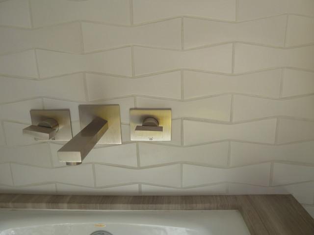 los feliz house modern-bathroom