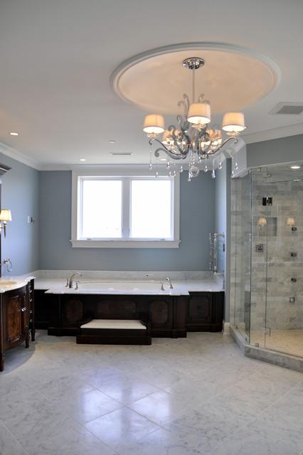 Louisville traditional-bathroom