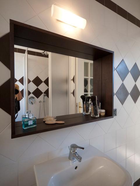 Low cost bathroom renovation - Moderno - Stanza da Bagno - Milano - di Liadesign