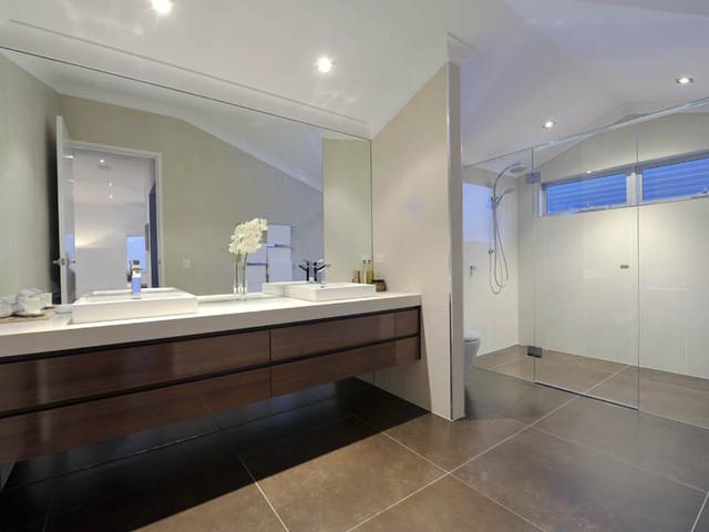 Luisa interior design contemporary bathroom brisbane for Bathroom interior design brisbane
