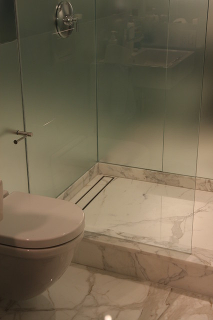LUXE Tile Insert Linear Drain showerheads-and-body-sprays