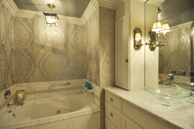 Luxurious master suite eclectic bathroom other metro Luxury master bathroom suites