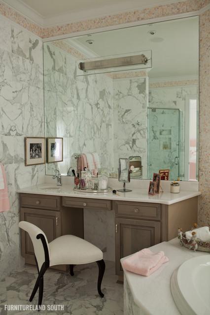 Luxury Condo, Charlotte, NC modern-bathroom