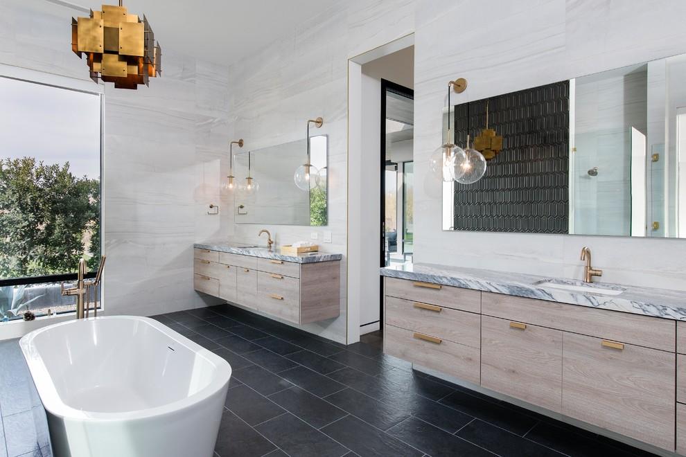 Luxury home - Contemporary - Bathroom - Las Vegas - by ...