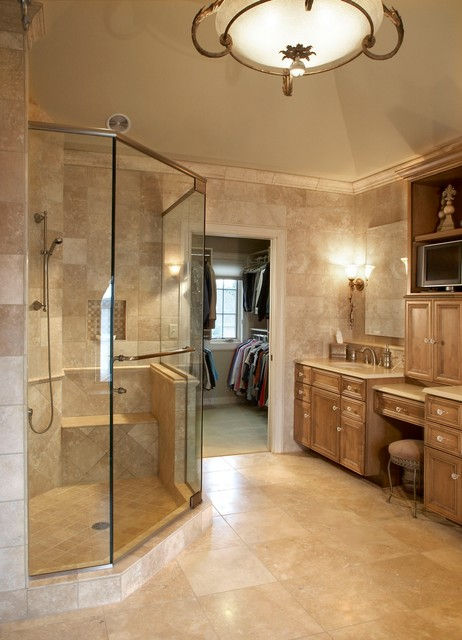 Luxury master bath suite for Masters toilet suites
