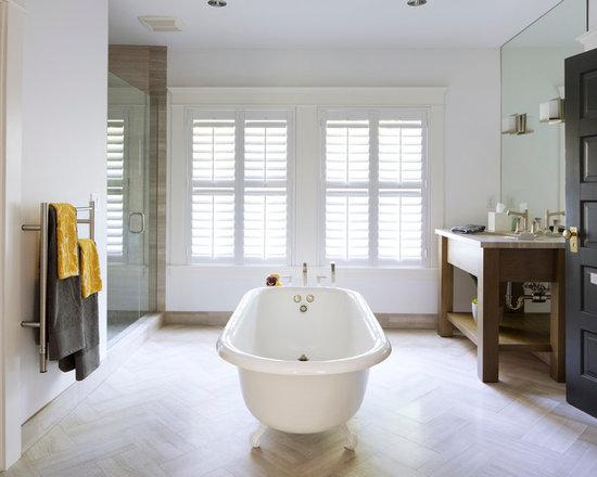 Centerpiece floral arrangements bathroom design ideas for Bathroom arrangement designs
