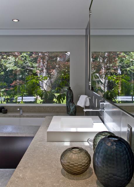 lynda murray interior design modern bathroom los