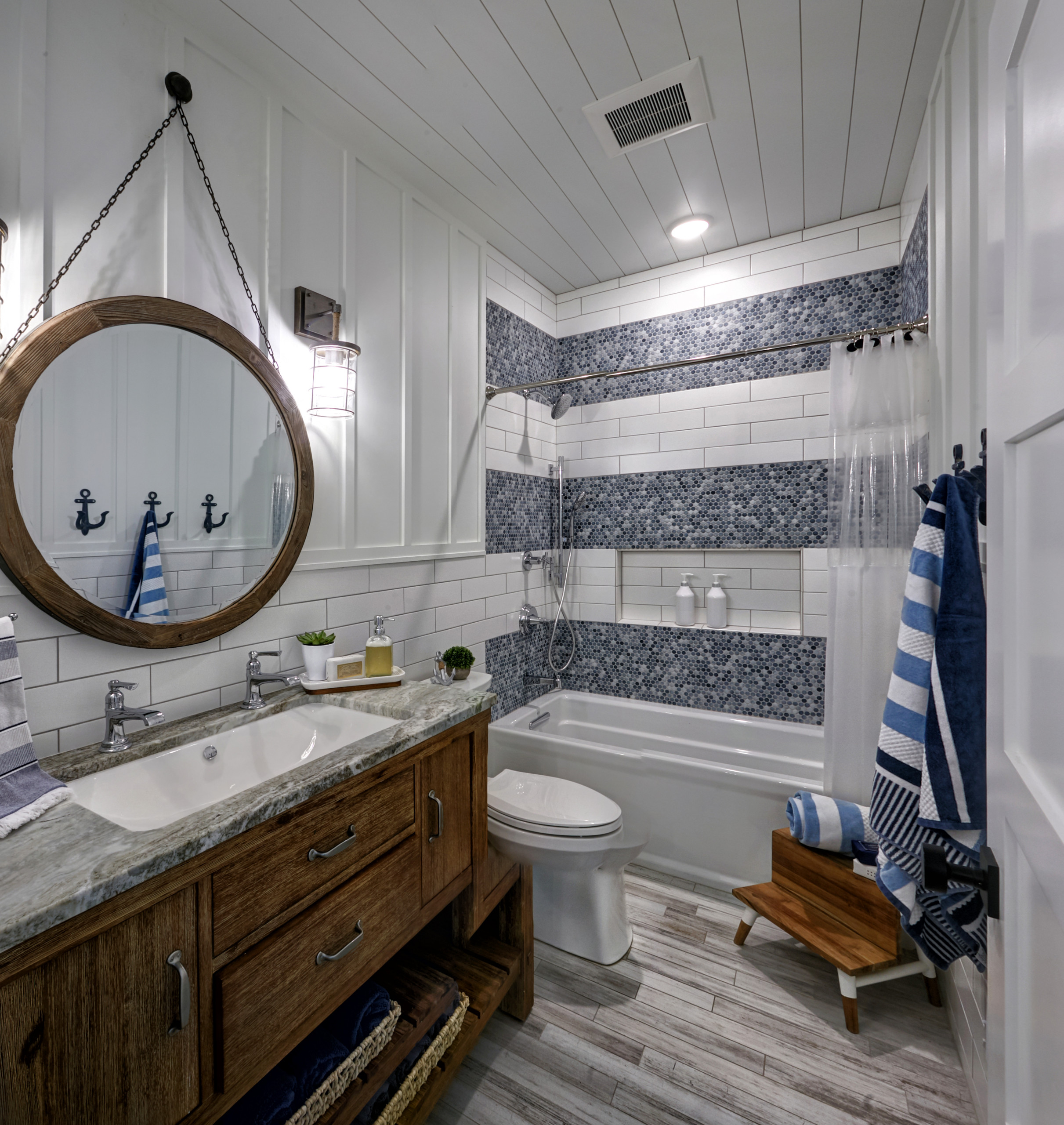 75 Beautiful Wall Paneling Bathroom Pictures Ideas February 2021 Houzz