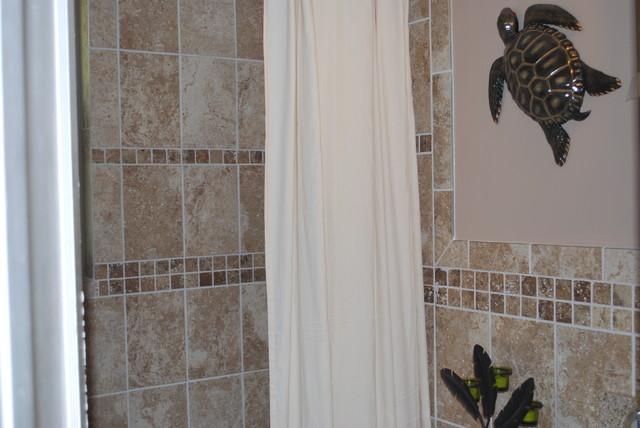 mac traditional-bathroom