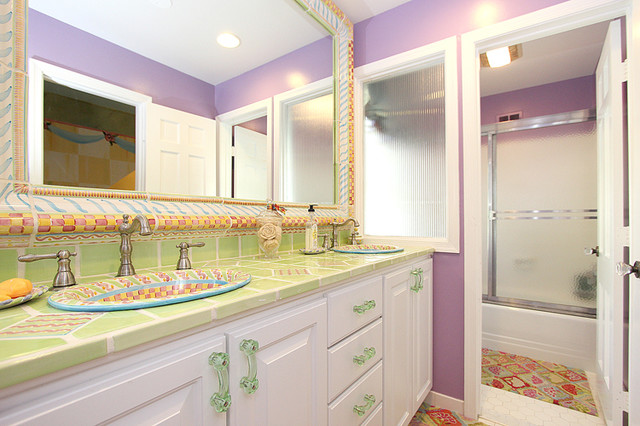 MacKenzie Childs Tile Surround ~ New Listing In Bethesda Eclectic Bathroom