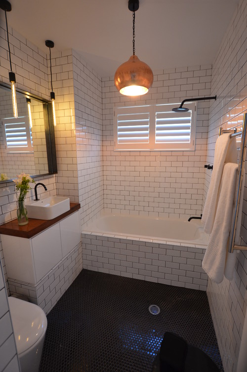 Contrast bathroom taps