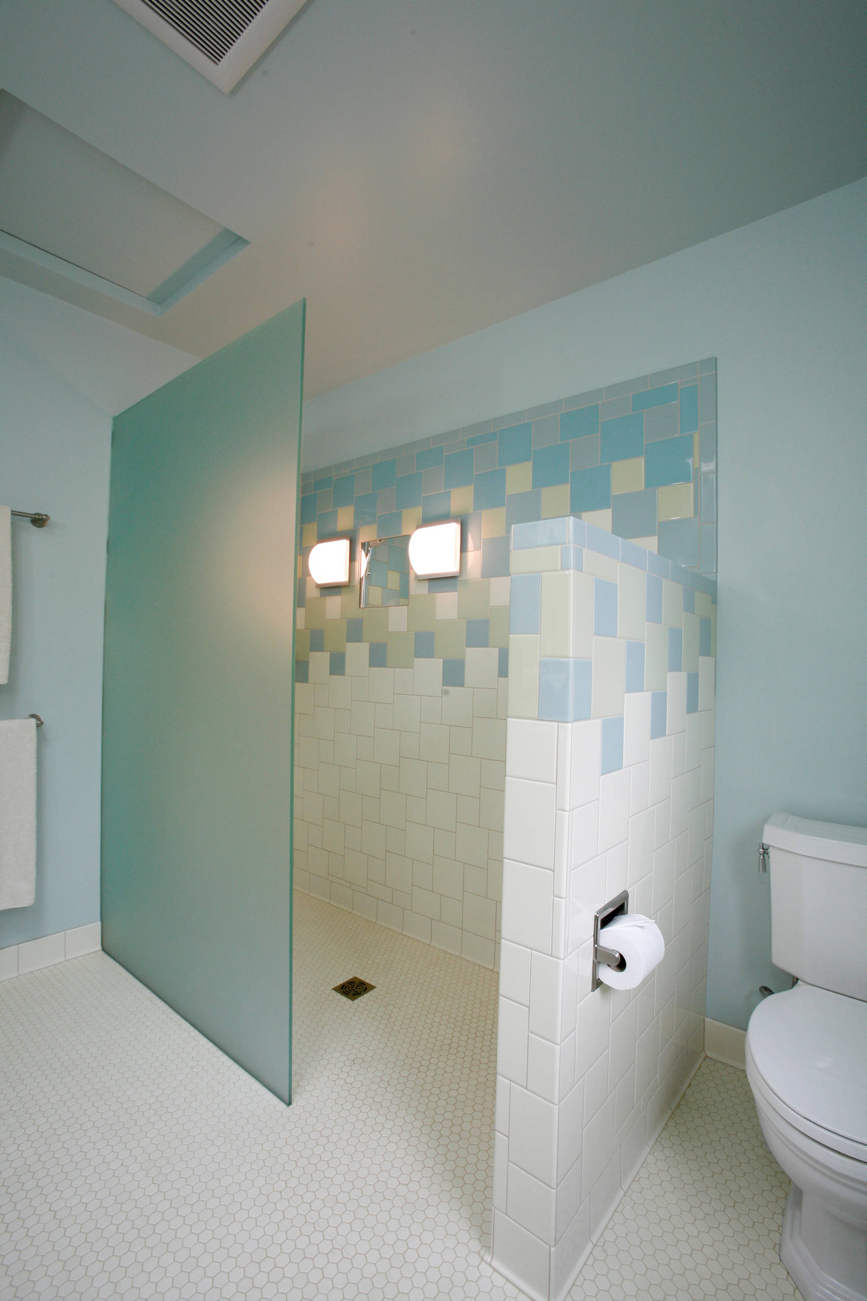 75 Beautiful Blue Tile Walk In Shower Pictures Ideas Houzz