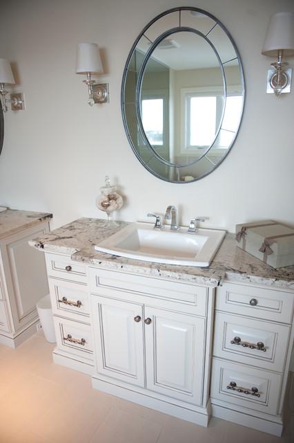 Magrath estates contemporary bathroom edmonton by for Bathroom decor edmonton