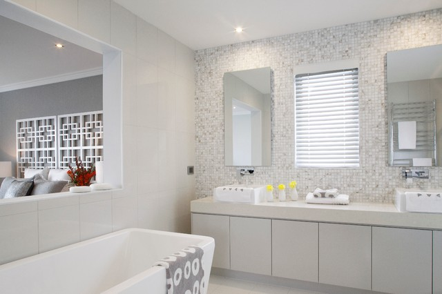 Main bathroom contemporary bathroom melbourne by for Small main bathroom ideas
