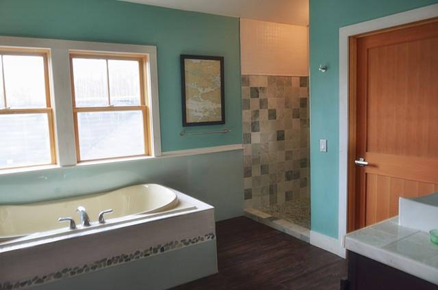 Maine Contemporary Cottage - Master Bath beach-style-bathroom