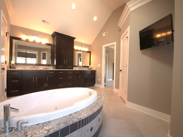 Malburg Residence contemporary-bathroom