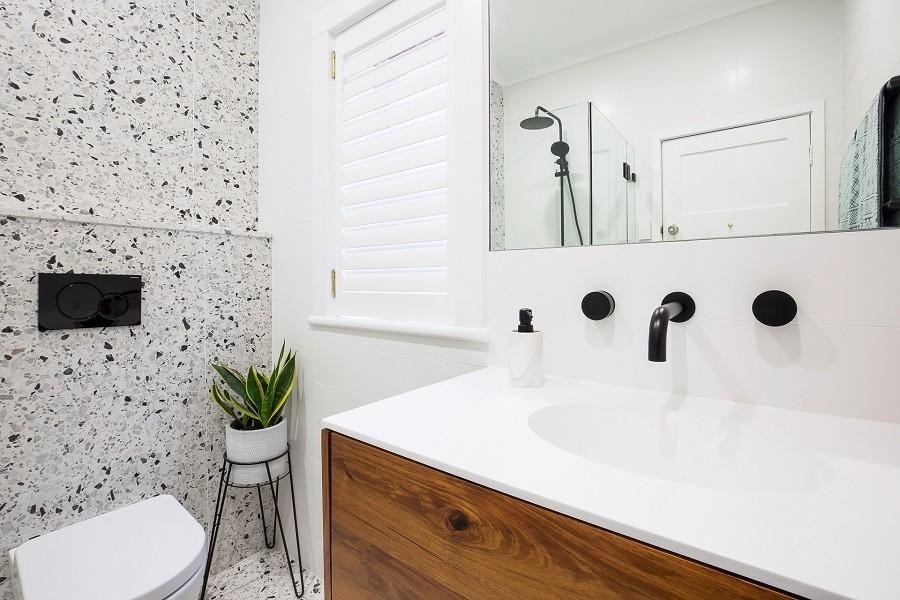75 Beautiful Black And White Tile Terrazzo Floor Bathroom Pictures Ideas February 2021 Houzz