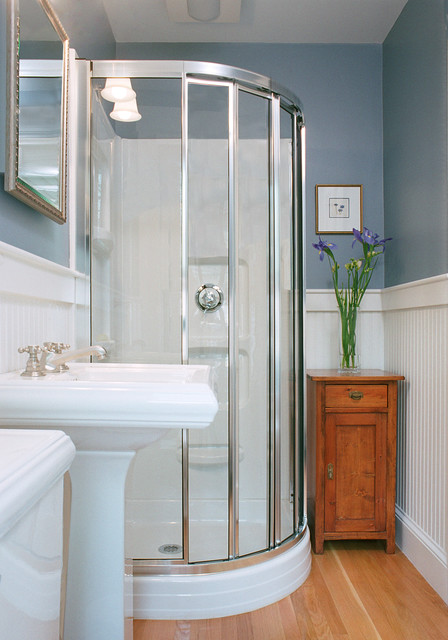 Nice Traditional Bathroom by Charlie Allen Renovations Inc