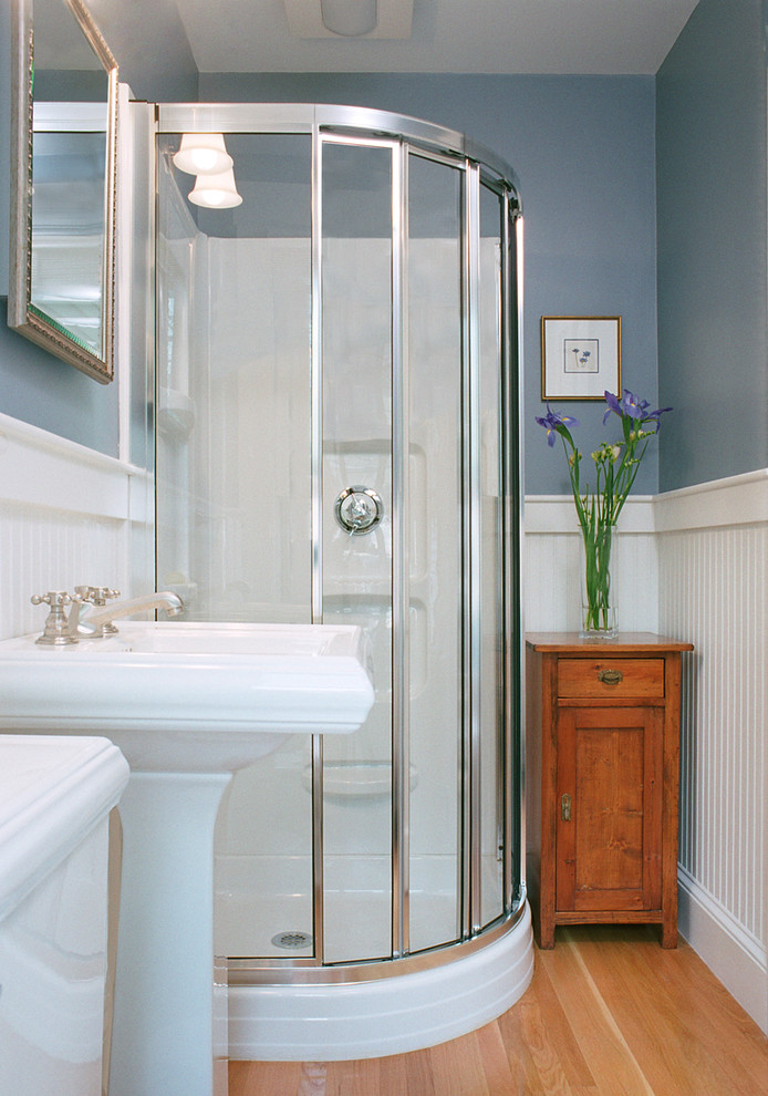 Inspiration for a timeless bathroom remodel in Boston with a pedestal sink