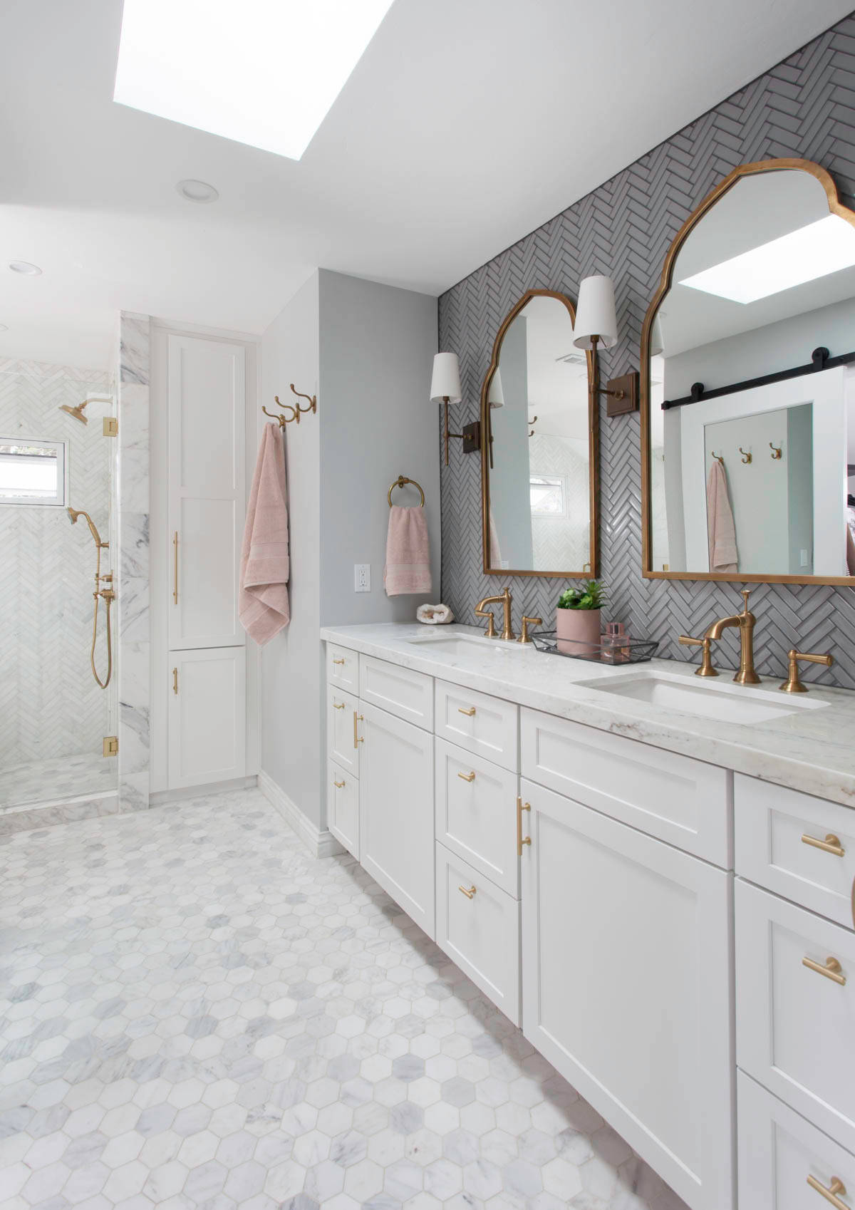75 Beautiful Bathroom With White Cabinets Pictures Ideas February 2021 Houzz