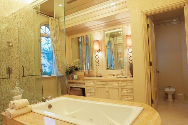 Marc-Michaels Interior Design traditional-bathroom