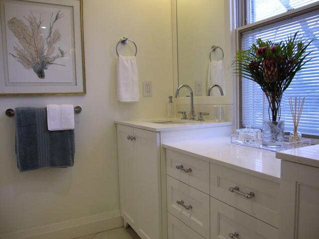Bathroom vanities markham markham 45 quot modern single for Bathroom cabinets yelp