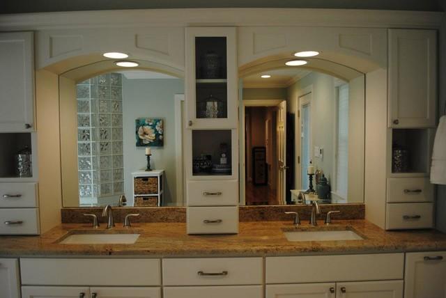 Marshmallow Cream Maple Cabinets, Persa Avorio Granite traditional-bathroom