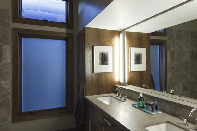 Martis Camp #246 rustic-bathroom