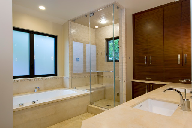 Marvin Residence contemporary-bathroom
