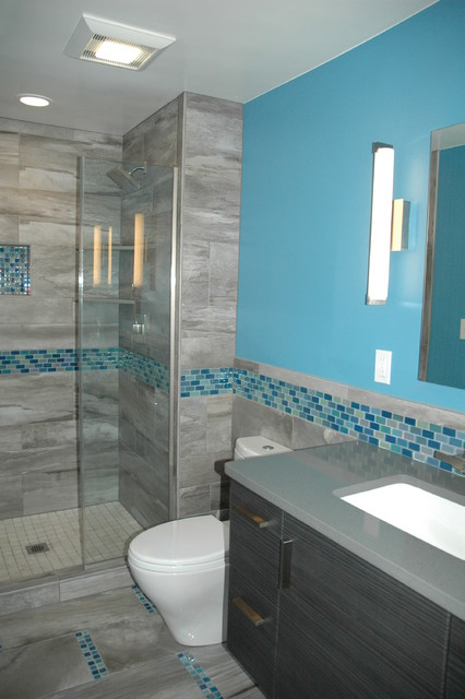 High Quality Master Bath Blue Glass Mosaic Accent Tile Contemporary Bathroom Part 8