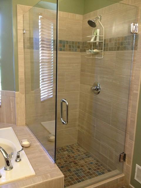 Master bath - Bridgewater traditional-bathroom