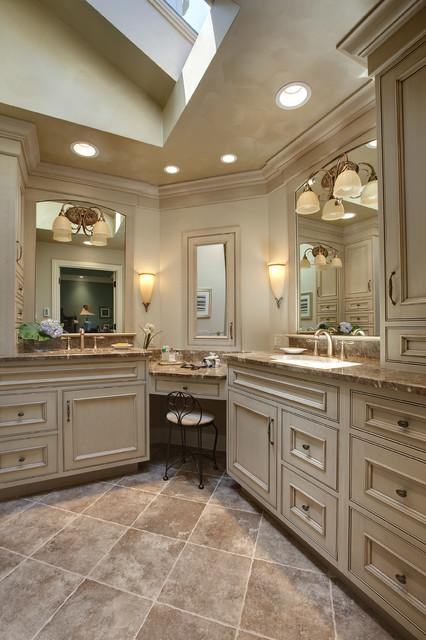 Master bath traditional bathroom chicago by drury for Traditional master bathrooms