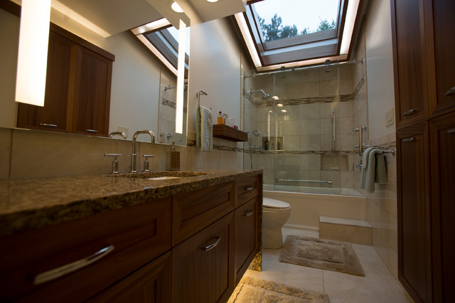 Master bath oasis midland mi for Bathroom decor and tiles midland
