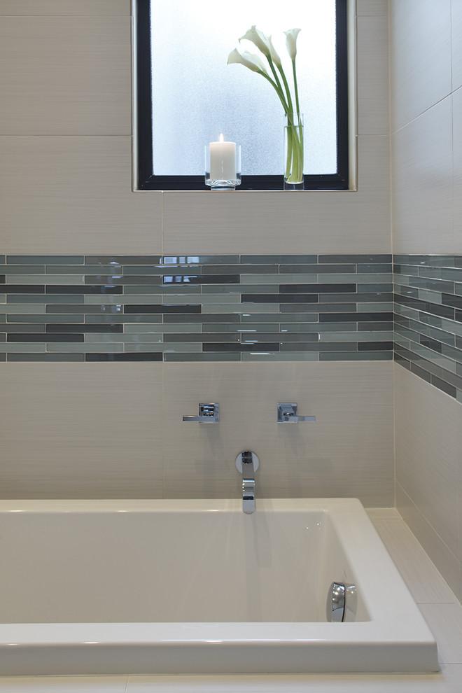 Bathroom - contemporary mosaic tile bathroom idea in Dallas