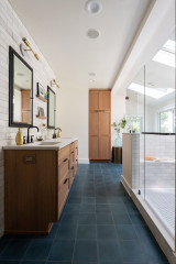 Bathroom of the Week: Bright and Airy Design for a Busy Mom