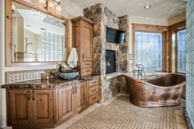 Master Bath Rustic Mountain Home In Brekenridge Co Rustic Bathroom